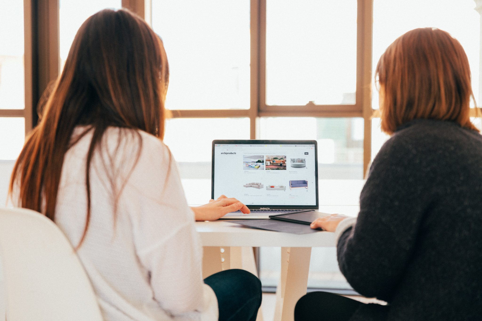 Women planning a website